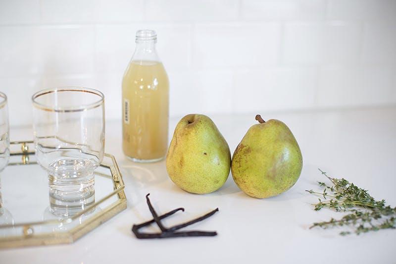 Sparkling Spiced Pear Cocktail   GrayMalin.com/Lifestyle